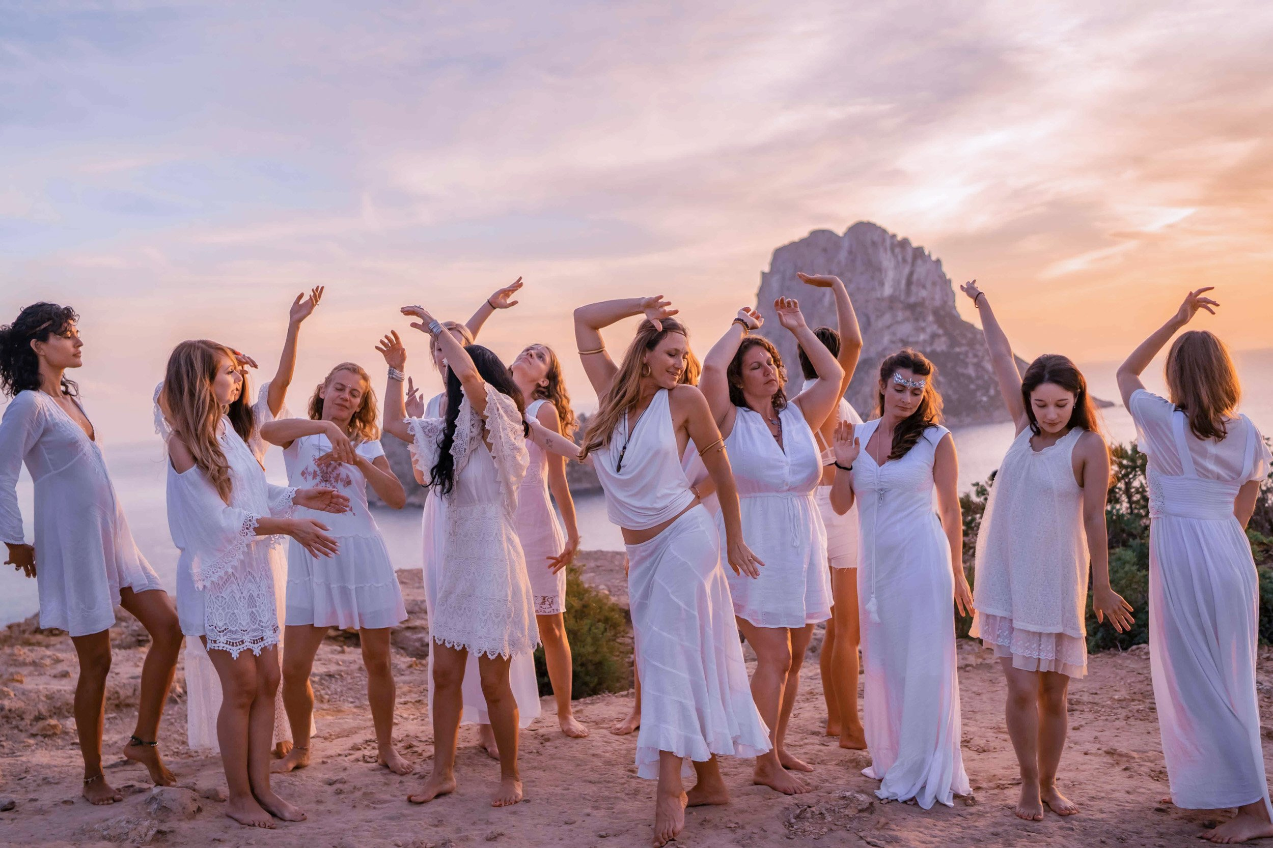 jodie-louise-photoshoots-films-videos-retreats-wrkshops-spiritual-yoga-19