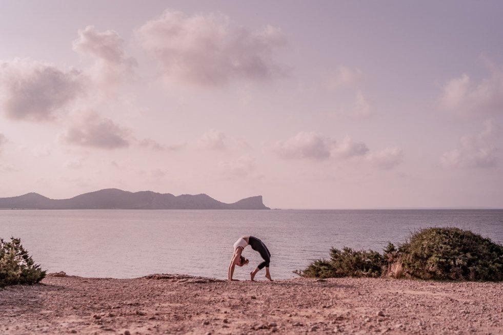 jodie-louise-yoga-photographer-retreats-workshops-spiritual-4